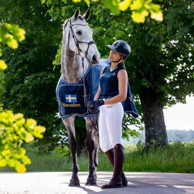 Exclusive Horsewear på Björnöslott med tävlingstäcke SWEDEN