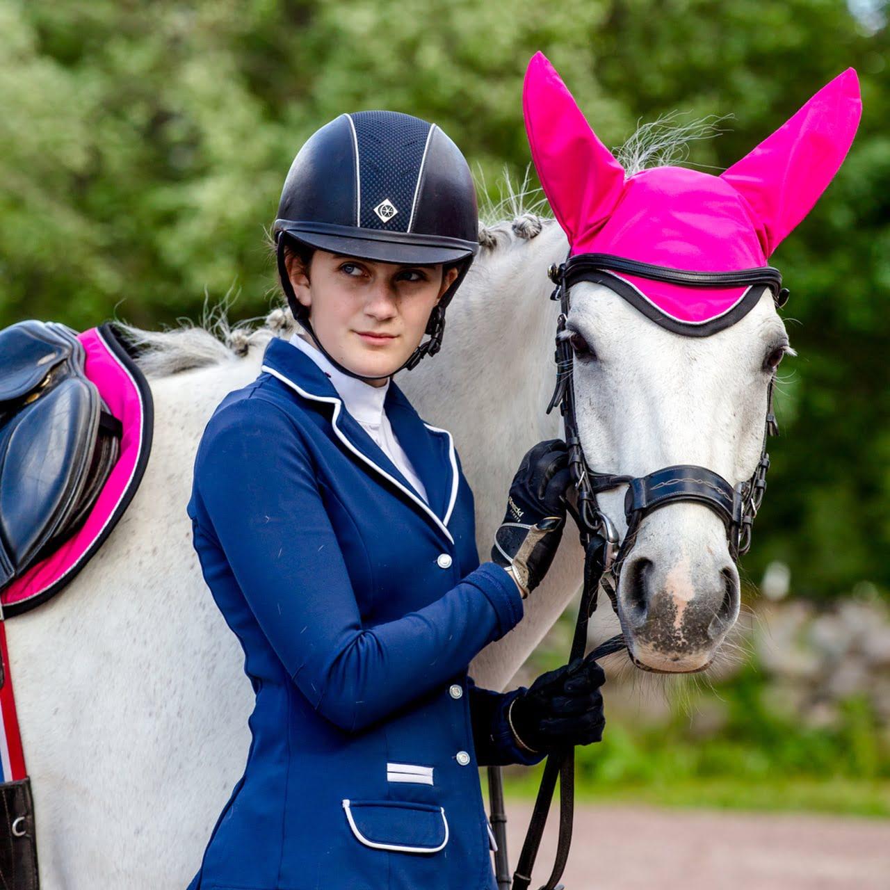 Exclusive Horseware på Björnöslott med huvan Sapphire