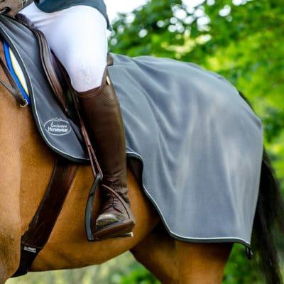 Hästtäcken